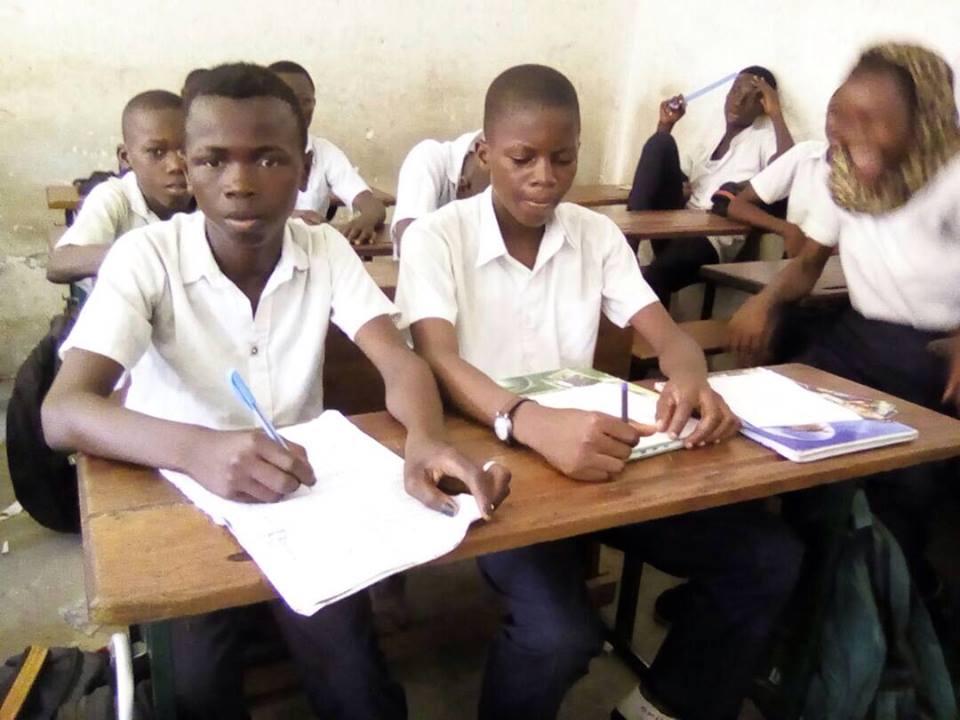 Isaac, est désormais entièrement parrainé pour ses frais de scolarité pour 2017-2018.